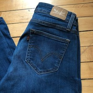Levi flare jeans size 8